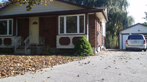 Quiet home off Sarnia Rd, Great for students