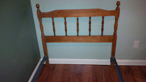 Single Bed with Headboard, Frame and Box Spring Kitchener / Waterloo Kitchener Area image 3