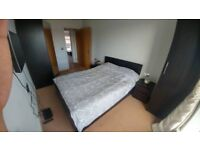 ***Double room***Own bathroom***Bills included!***