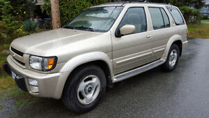 1997 Infiniti QX4 Luxury SUV, Crossover