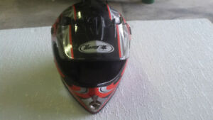 Helmet for dirt bikes or ATV