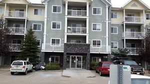 $900 - 70  WOODSMERE CLOSE APT, FORT SASKATCHEWAN