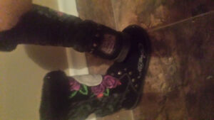 DON ED HARDY winter boots