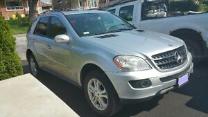 2008 Mercedes-Benz M-Class fully loaded SUV, Crossover