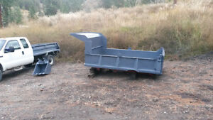 10' DUMP BOX AND HOIST TO FIT 3 TO 5 TON TRUCK. EX CONDITION