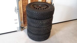 4 WINTER TIRES AND RIMS 195/65/R15