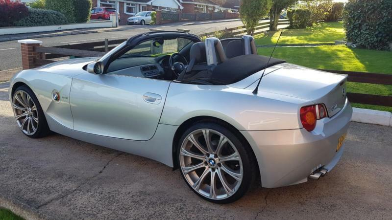 Totally Outstanding Bmw Z4 2 5 Convertible Sports Car Jaguar Lexus