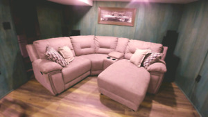 Never used in EXCELLENT SHAPE SECTIONAL .