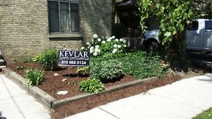 Mulch Delivered and Installed London Ontario image 4