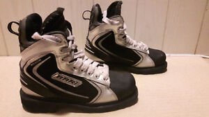 Bari hockey boots London Ontario image 1