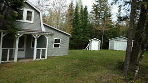 Cottage for sale Cole's Island