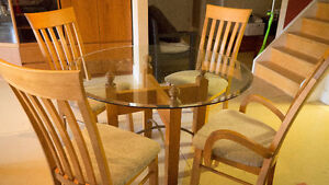 Glass Pedestal Dinning Table and 4 chairs