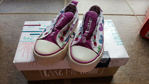 Girls shoes size 8 Hatley and Target sandal