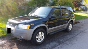 2001 Ford Escape XLT 4dr All Wheel Drive 4x4 2 sets of tires!