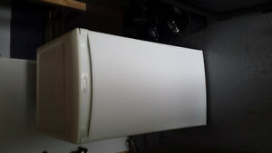 White bar fridge Kitchener / Waterloo Kitchener Area image 1