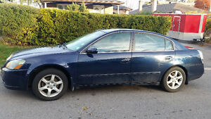 2005 Nissan Altima  Sedan 2.5 SE 1 Owner from new!!