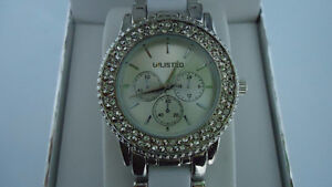 Beautiful Ladies Watch-Unlisted by Kenneth Cole-Brand New in Box Windsor Region Ontario image 5