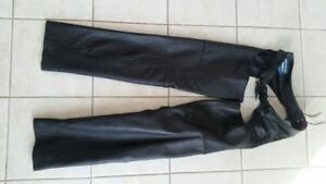 Woman's Leather Chaps.. Size Small. Zipper on lower side.