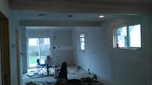free estimates for interior and exterior painting Call Easy,s Windsor Region Ontario image 7