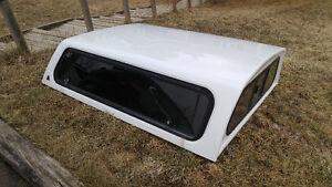 6 3/4' White Leer Truck Cap - Taken off '07 Dodge Dakota