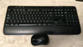 Logitech K520 Wireless keyboard and mouse