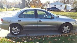 2004 Chevrolet Cavalier Sedan as is. Sarnia Sarnia Area image 3