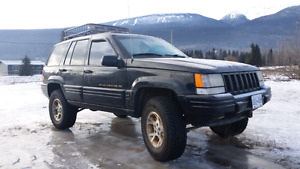 1998 Jeep Grand Cherokee LTD with extra engine!