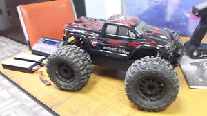 HPI Savage XS flux 4x4 RC.. RTR!.