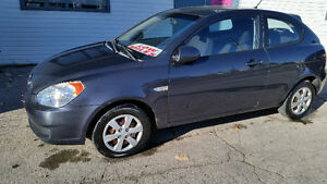 2009 Hyundai Accent GS........95000 KMS ....$3800 CERTIFIED