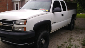2006 chevy 2500