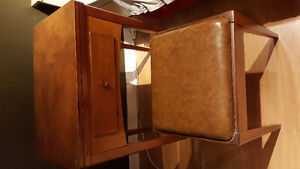(Price drop) Oldfashioned sewing table (machine not included)