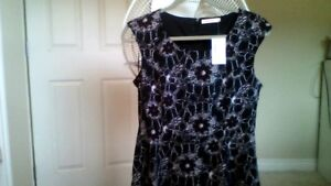 New a floral print dress with a tag