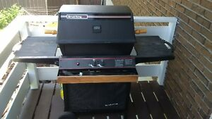 OMC Gas Barbeque, +cover, +2 full tanks of propane, +some tools