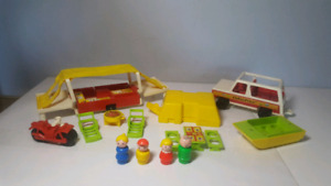FISHER PRICE VINTAGE #992 camper complet