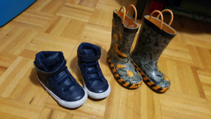 Size 9 T Rubber boots and converse high tops