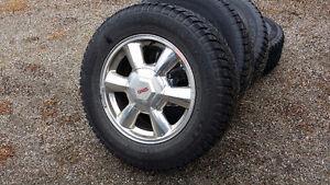4 GMC Envoy wheels & 235/65R17 Winter Tires