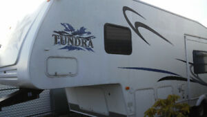 5th Wheel RV 27 ft for sale Halifax $12500