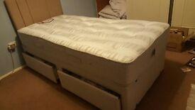 Single divan bed good as new