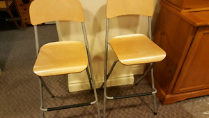 Foldable drafting chairs