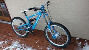 2014 Custom Cove Shocker, medium