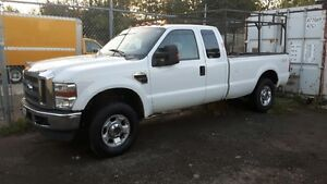 2010 Ford F-250 XLT Pickup Truck, 8ft box ext cab