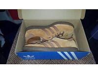 [Cheap] Adidas - Hawaii (Deadstock) [UK Size 8]
