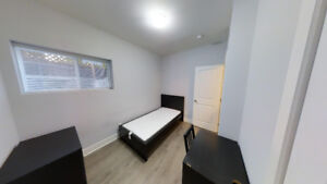 Chambre à louer 1er Mai/ Room for rent May 1st uOttawa