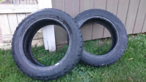 Pair of winter tires