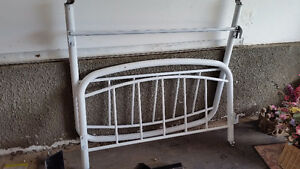 White twin bed metal frame