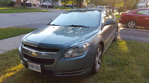 2009 Chevrolet Malibu 2LT - Fully Loaded with No Accidents
