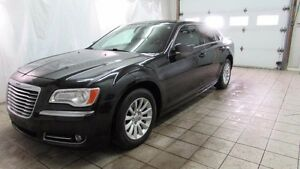 Chrysler 300 4dr Sdn Touring RWD 2013