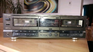 Double cassette deck Technics - Modèle RS-TR155