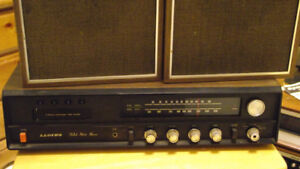 Lloyd's Vintage 8-Track / AM / FM Stereo w. org. Speakers