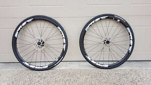 Giant PR-2 Disc Wheels w/Rotors, Tires, and Cassette